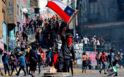«Protestas ponen en riesgo la debilitada economía de Latinoamérica»