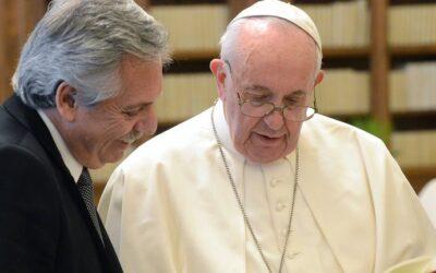 Alberto Fernández negociará en el FMI un nuevo programa económico con el Papa Francisco al lado y Donald Trump enfrente