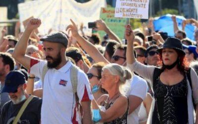 Unas 2.500 personas se manifestaron en Madrid contra el uso de mascarillas