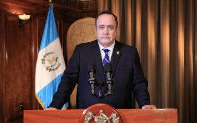 Presidente de Guatemala dio positivo a prueba de coronavirus