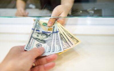Argentina: Dólar. Sube pese a que los bancos no pueden venderlo