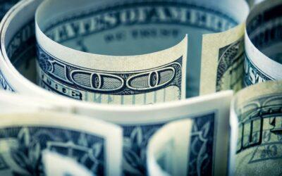Dólar ahorro. Los bancos trabajan contrarreloj para volver a vender