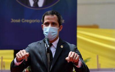 """Guaidó rechazó llegada de la vacuna rusa a Venezuela: """"Usan a nuestra gente como conejillos de indias"""""""