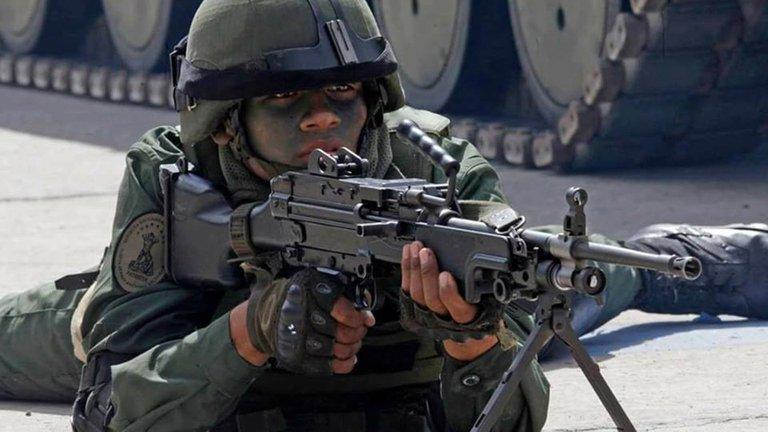 Cuatro oficiales venezolanos alertaron que Nicolás Maduro, con el Consejo Militar, busca que la Fuerza Armada dependa de Rusia, China e Irán