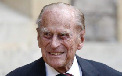 Hospitalizaron por precaución al príncipe Felipe, esposo de la reina Isabel II