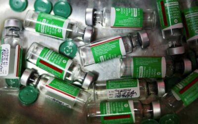Llegaron al país 580.000 dosis de la vacuna Covishield de AstraZeneca/Oxford fabricada en India