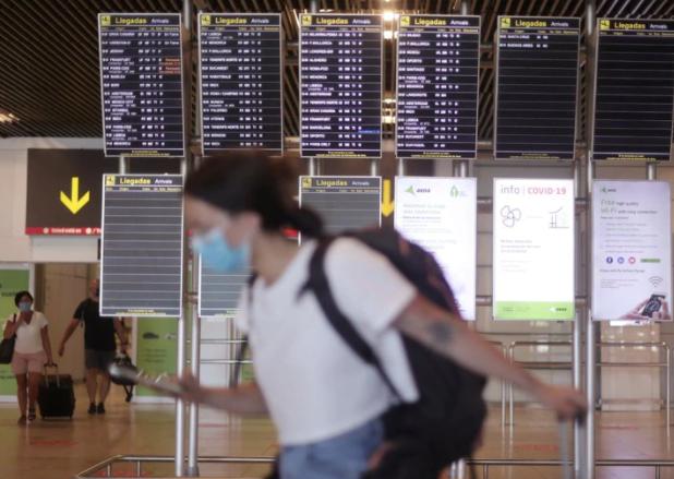 España impondrá una cuarentena obligatoria para viajeros que lleguen de Argentina, Colombia y Bolivia